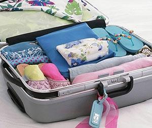 Cách xếp quần áo vào vali không bị nhăn và gọn gàng
